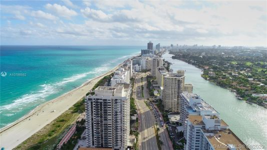 5700 Collins Ave #10G photo02