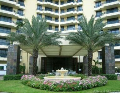 Parc Central West #817 - 3300 NE 191 St #817, Aventura, FL 33180