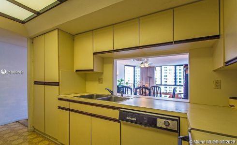 520 Brickell Key Dr #A1203 photo017
