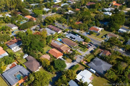6215 SW 59th St photo025