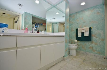 16445 Collins Ave #1828 photo021