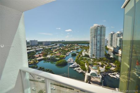 16445 Collins Ave #1828 photo06