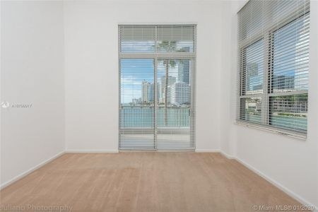 701 Brickell Key Blvd #303 photo013