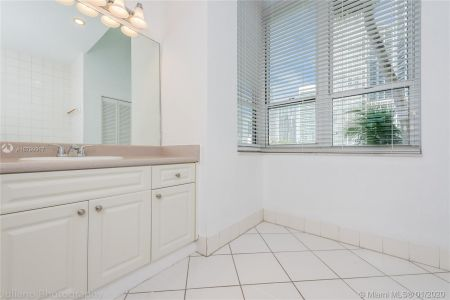 701 Brickell Key Blvd #303 photo016