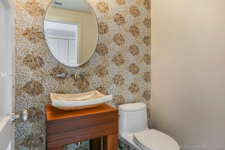 2042 Fisher Island Dr #2042 photo06
