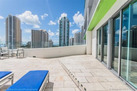 335 S Biscayne Blvd #2506 photo020