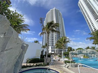 18001 Collins Ave #917 photo020