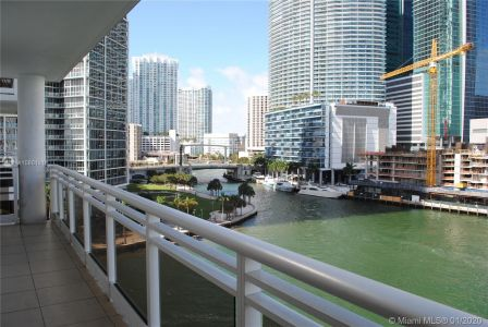 901 Brickell Key Blvd #805 photo029