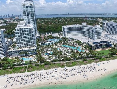 Fontainebleau Tresor #1215/1217 - 4401 Collins Ave #1215/1217, Miami Beach, FL 33140