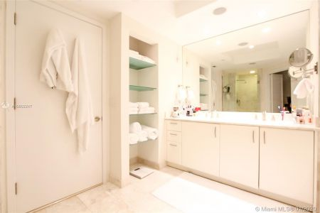 1331 BRICKELL BAY DR #2509 photo016