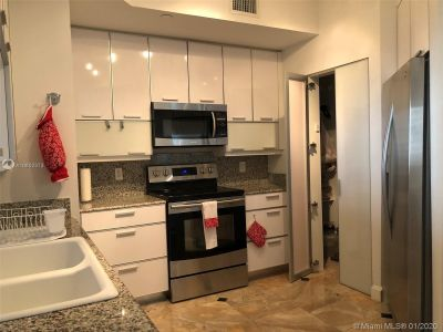 888 Brickell Key Dr #1609 photo010