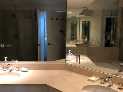 888 Brickell Key Dr #1609 photo016