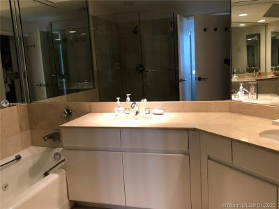 888 Brickell Key Dr #1609 photo017