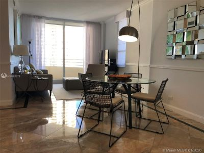 888 Brickell Key Dr #1609 photo02