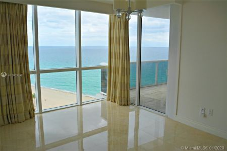 18201 Collins Ave #1704 photo014