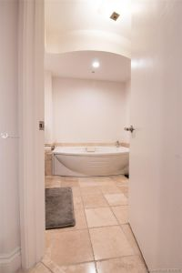 18201 Collins Ave #1704 photo016
