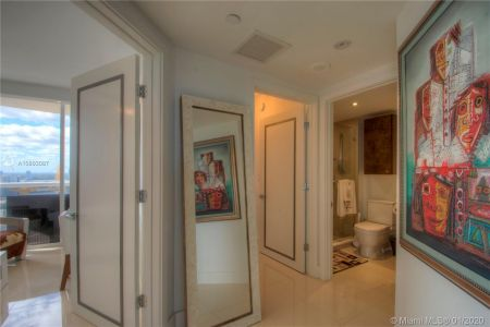 17555 Collins Ave #2801 photo022