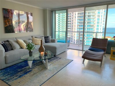 5900 Collins Ave #1406 photo01