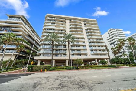 Mirage #PH12E - 8925 Collins Ave #PH12E, Surfside, FL 33154