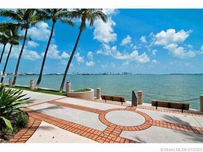 540 Brickell Key Dr #305 photo031