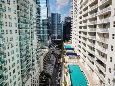 1200 Brickell Bay Dr #1619 photo016