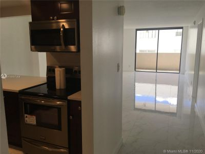 2625 Collins Ave #209 photo014