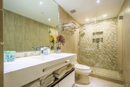 10205 Collins Ave #1004- RENOVATED photo017