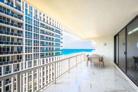 10205 Collins Ave #1004- RENOVATED photo025