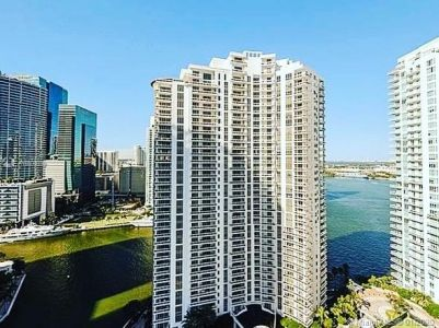 Courts Brickell Key #2702 - 801 Brickell Key Blvd #2702, Miami, FL 33131