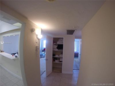 19390 Collins Ave #915 photo018