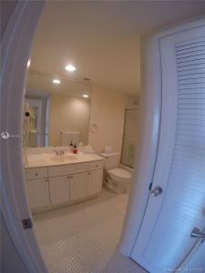 19390 Collins Ave #915 photo019
