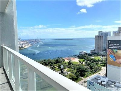 244 Biscayne Blvd #3307 photo02