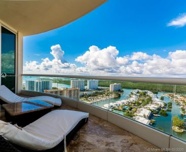 16051 Collins Ave #2803 photo014