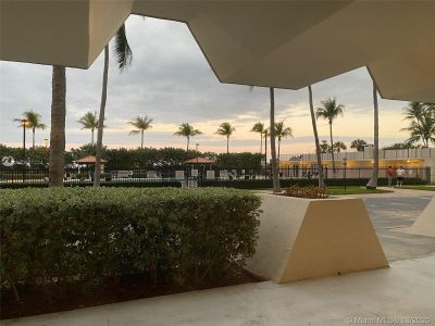 2625 Collins Ave #909 photo031