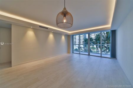 5600 Collins Ave #5A photo09