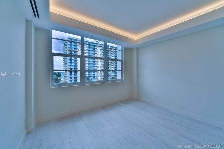 5700 Collins Ave #7A photo011