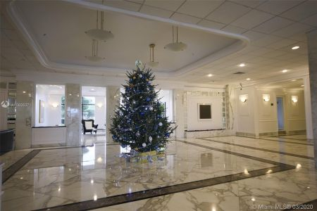 5700 Collins Ave #7A photo02