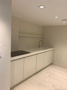 5700 Collins Ave #7A photo025