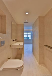 5700 Collins Ave #7A photo030
