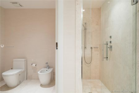 17121 Collins Ave #3905/3904 photo033