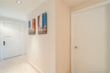 17121 Collins Ave #3905/3904 photo034