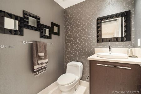 17121 Collins Ave #3905/3904 photo040