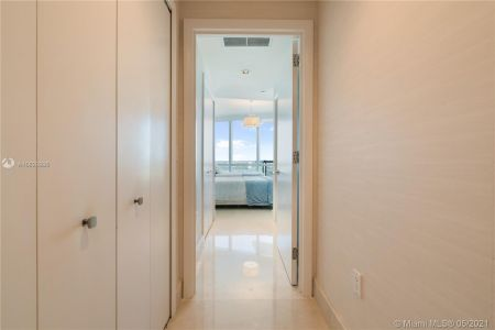 17121 Collins Ave #3905/3904 photo041